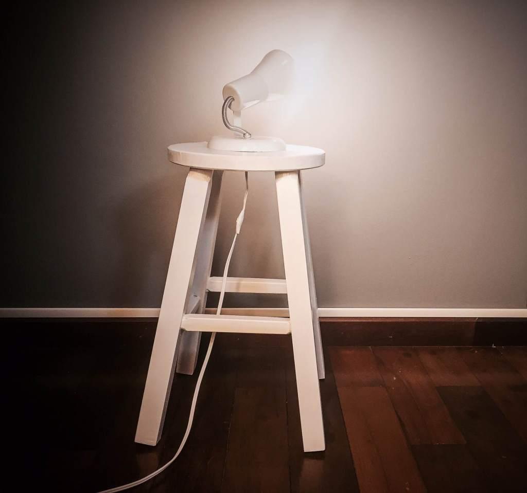 luminária banco caipira