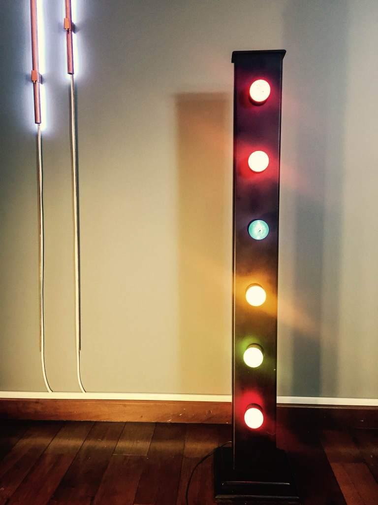 luminária camarim vertical